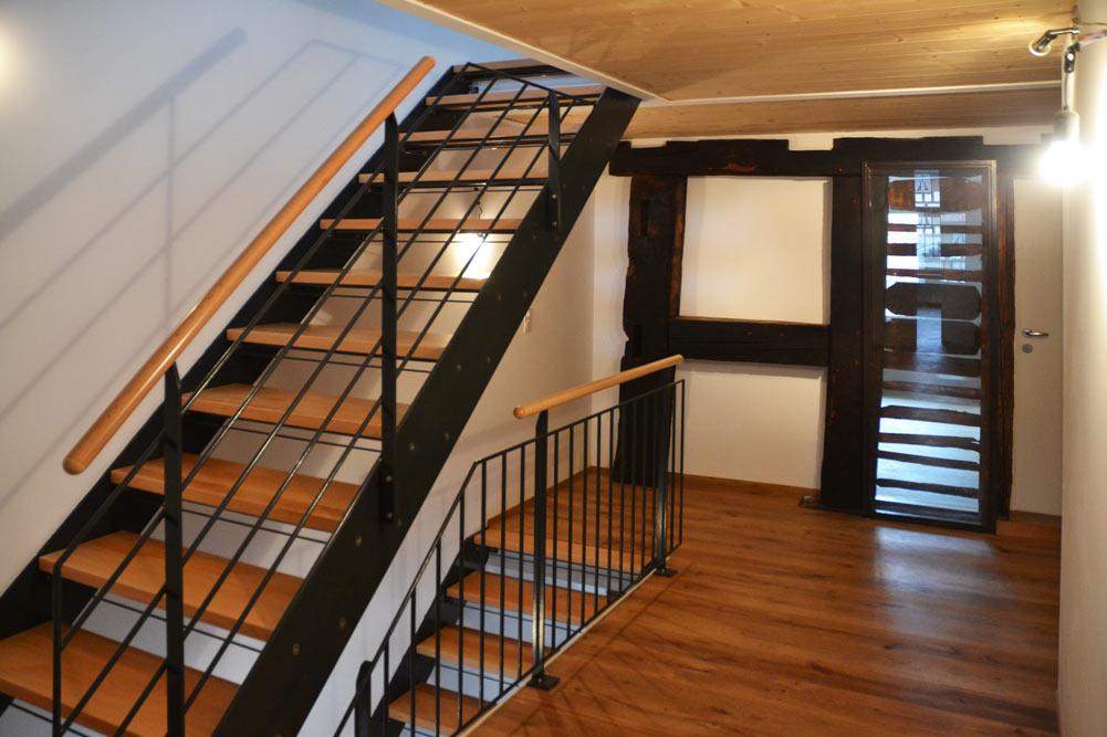 Etage-mit-Treppe