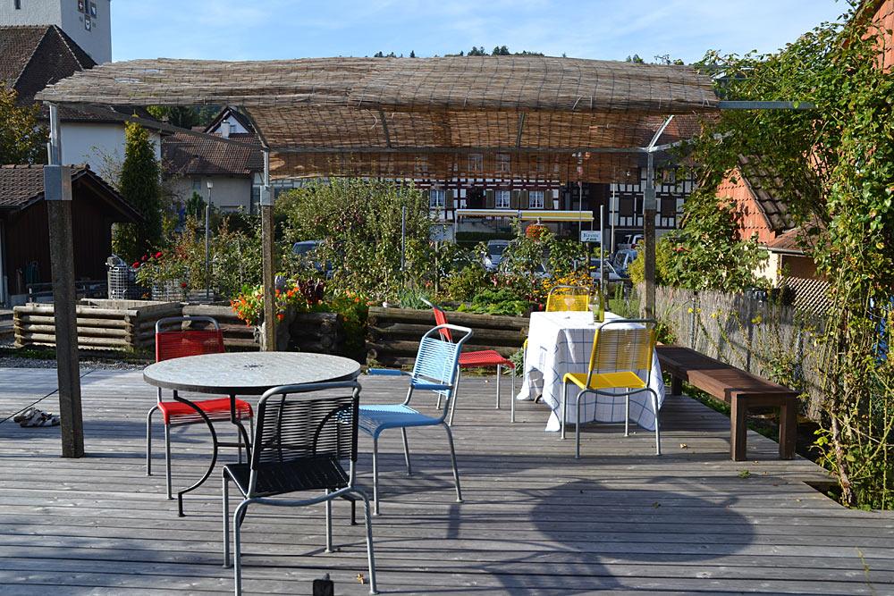Terrasse-im-Garten
